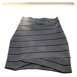 High waisted BCBG mini bandage skirt